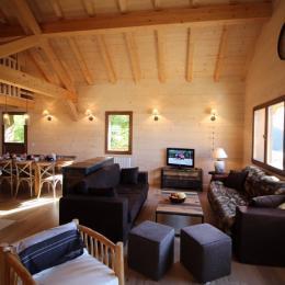 Chalets des Fées - salon - Location de vacances - Saint-François-Longchamp