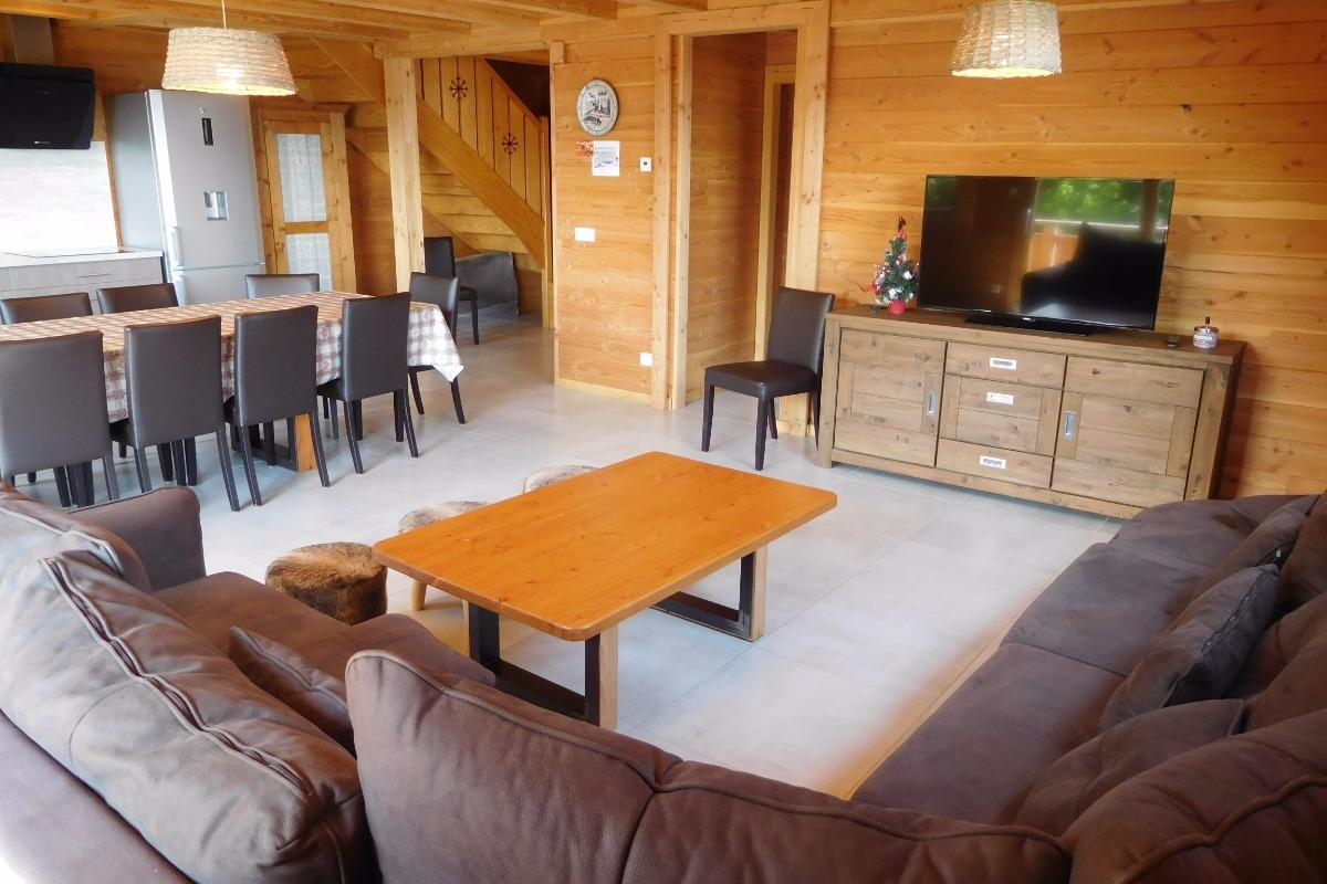 Appartement grande capacité Le Krissyann - chalet neuf La Toussuire en Savoie - domaine skiable Les Sybelles - coin salon  - Location de vacances - La Toussuire