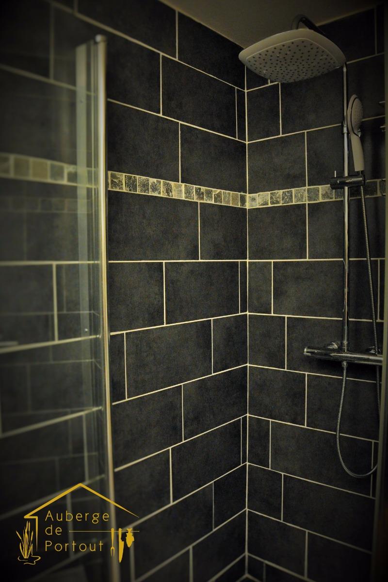 salle de bain - Chambre d'hôtes - Chanaz