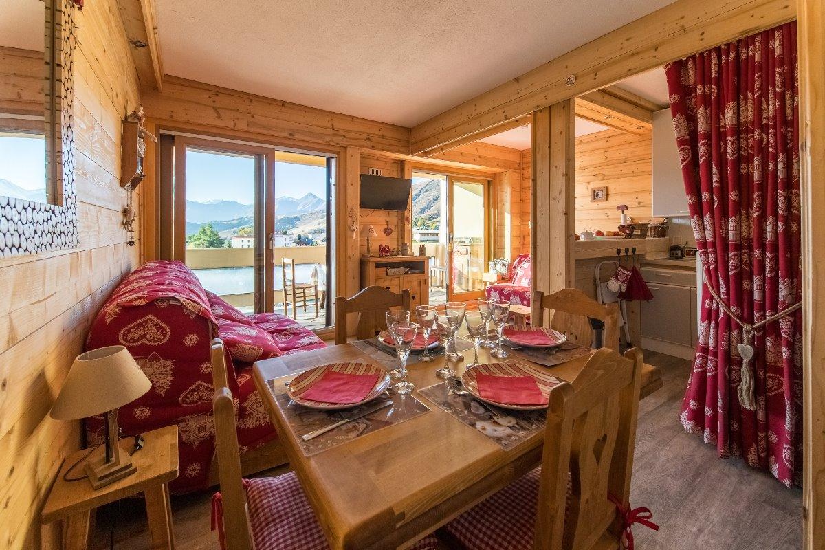 Studio Les Aiguilles n°98 La Toussuire Domaine skiable Les Sybelles - Location de vacances - La Toussuire