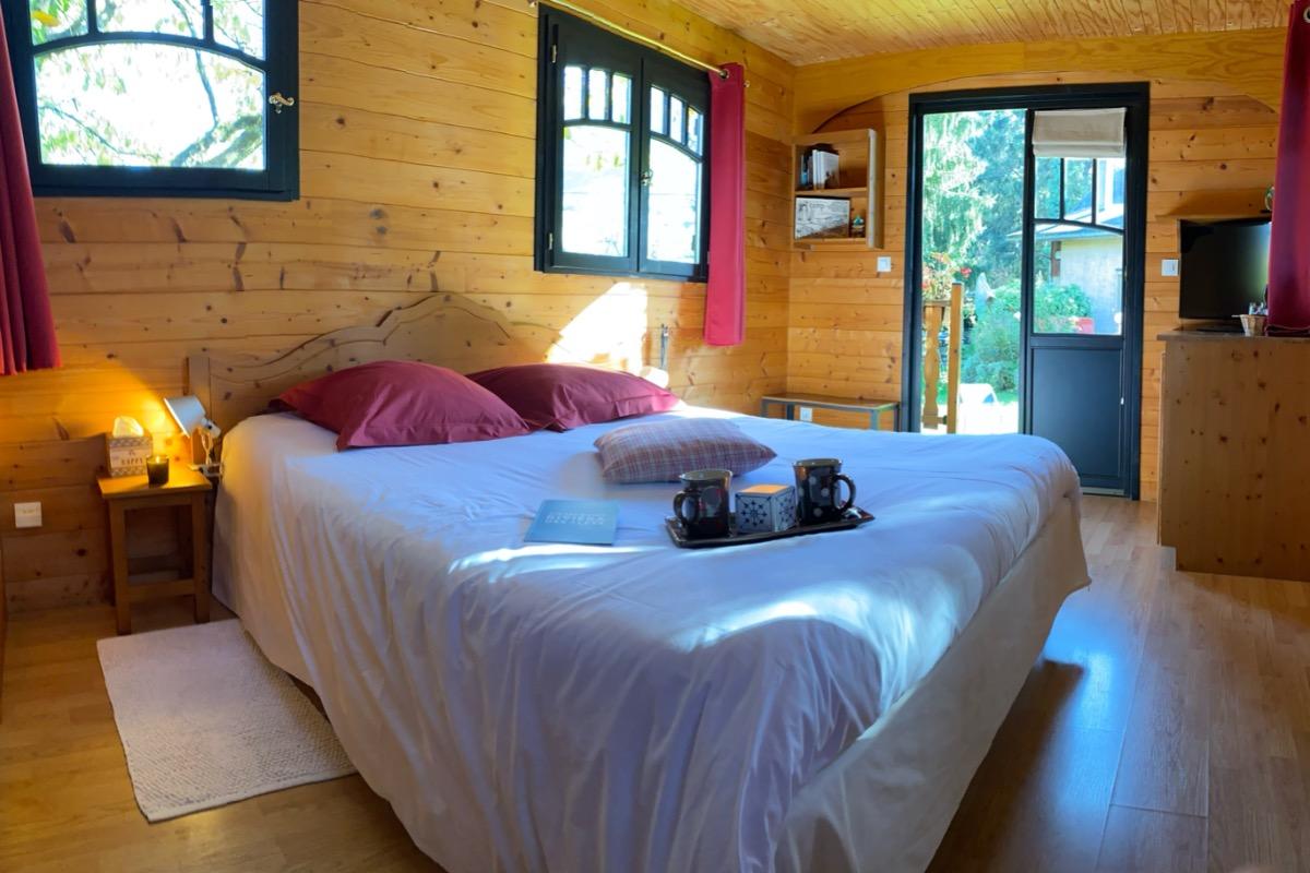 Le confort d'une vraie chambre ! - Chambre d'hôtes - Trévignin