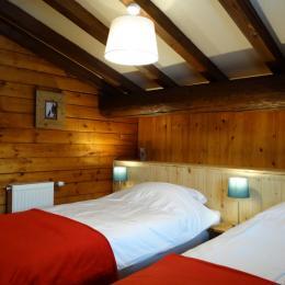 Salle a manger / salon - Location de vacances - Séez