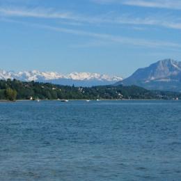 Entre lacs & montagnes , venez découvrir la ville thermale d' Aix les Bains. - Location de vacances - Aix-les-Bains