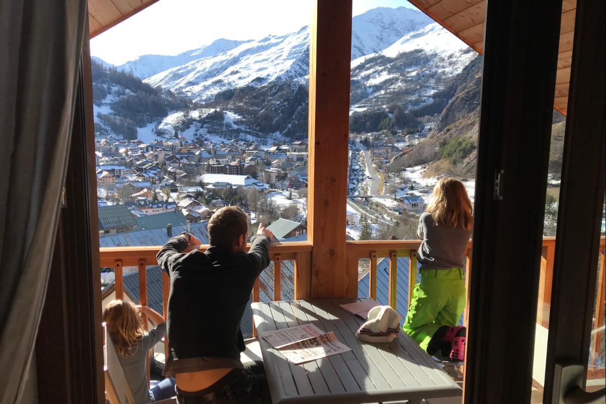 balcon et vue de l'appartement - Location de vacances - Valloire
