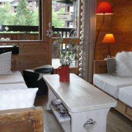 Salon - accès balcon  - Location de vacances - Valmorel