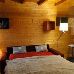 Canapé lit ouvert - Location de vacances - Amancy