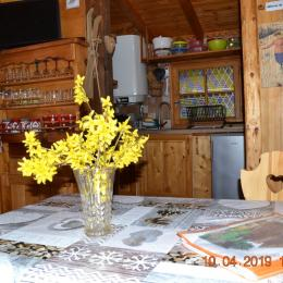 séjour et escalier pour chambre - Location de vacances - Saint-Gervais-les-Bains