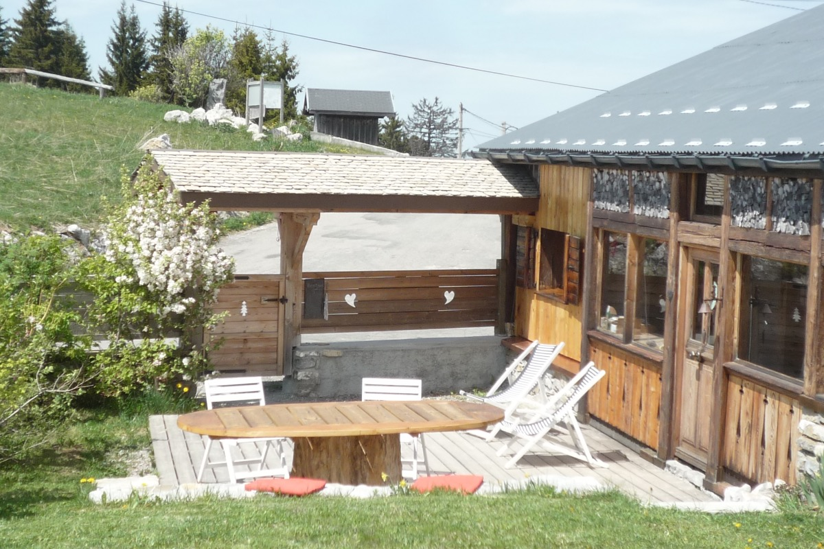 Chalet pour 5 personnes sur les pistes de ski de la station familiale de Sommand Praz de Lys (Savoie Mont Blanc) - Location de vacances - Mieussy