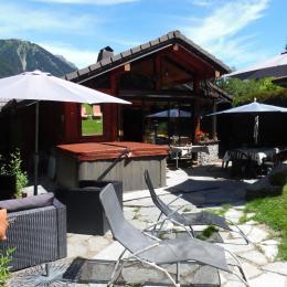 vue terrasse coté jacuzzi - Location de vacances - Chamonix-Mont-Blanc