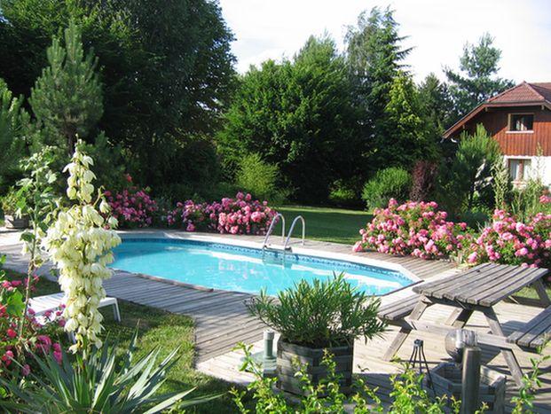 Appartement au rdc d 39 une maison avec piscine entre lacs d - Location maison avec piscine annecy ...