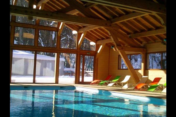 Chalet haute savoie avec piscine couverte - Location de vacances - Mont-Saxonnex