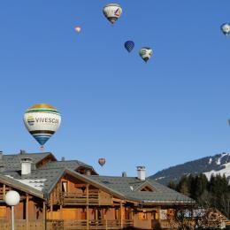 les montgolfières au dessus de la résidence - Location de vacances - Praz-sur-Arly