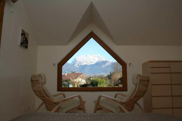 Vue montagnes depuis la chambre mezzanine - Location de vacances - Saint-Jorioz