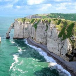 la terrasse à  beaupré  et le coin barbecue - Location de vacances - Écrainville