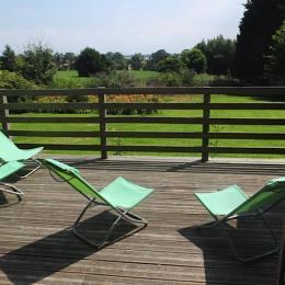 Terrasse bois plein sud sur jardin - Location de vacances - Varengeville-sur-Mer