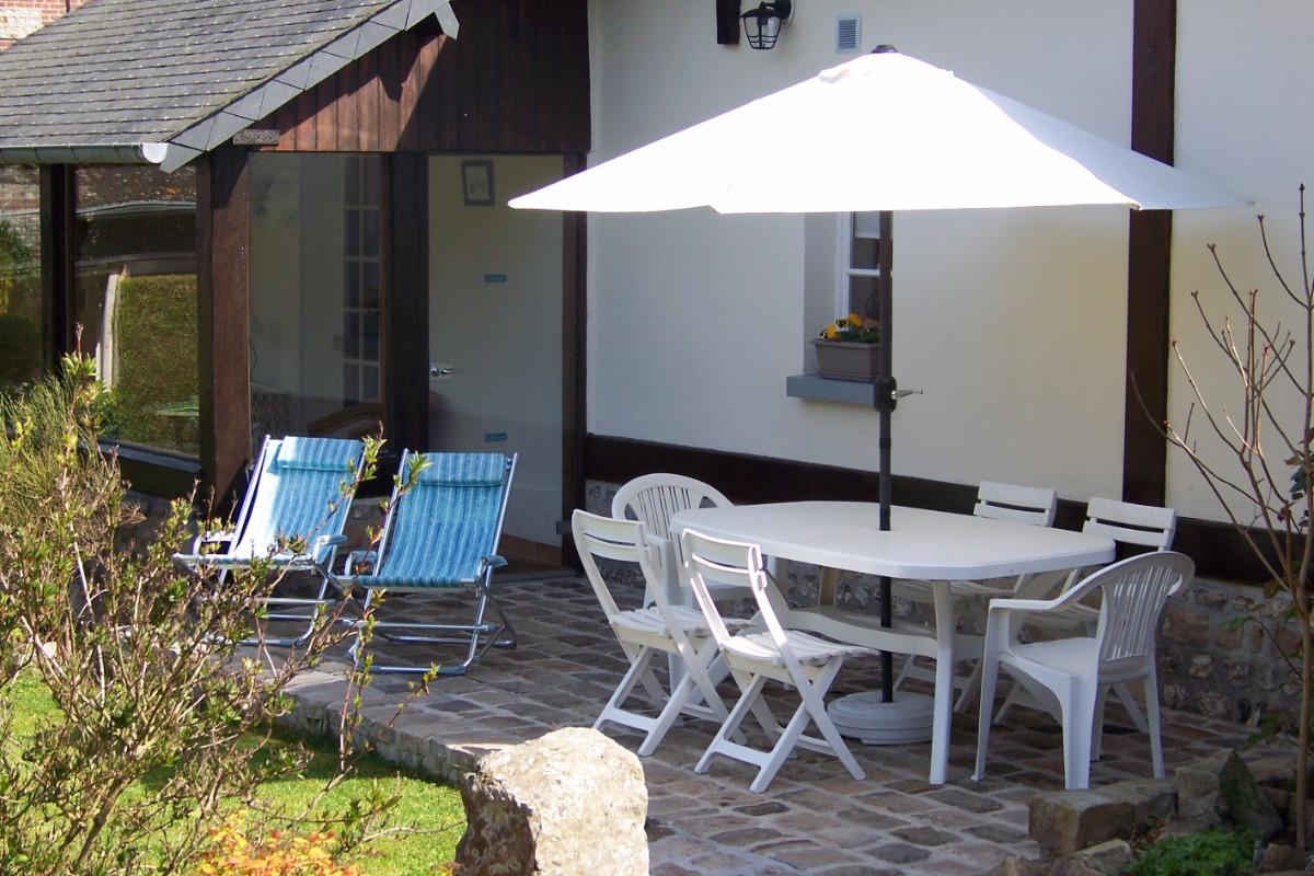 La terrasse bain de soleil - Location de vacances - Veules-les-Roses