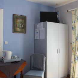 Coin TV et plateau d'accueil - Chambre d'hôtes - Vattetot-sur-Mer