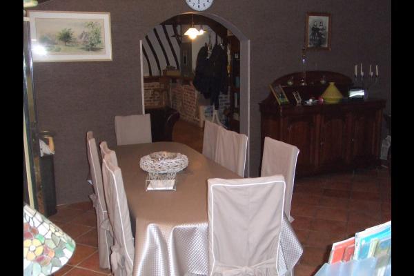 coin petit déjeuner - Chambre d'hôtes - Saint-Pierre-le-Viger