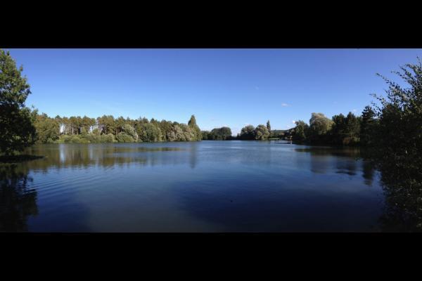 La Huilerie, vue du lac depuis le jardin - Location de vacances - Incheville
