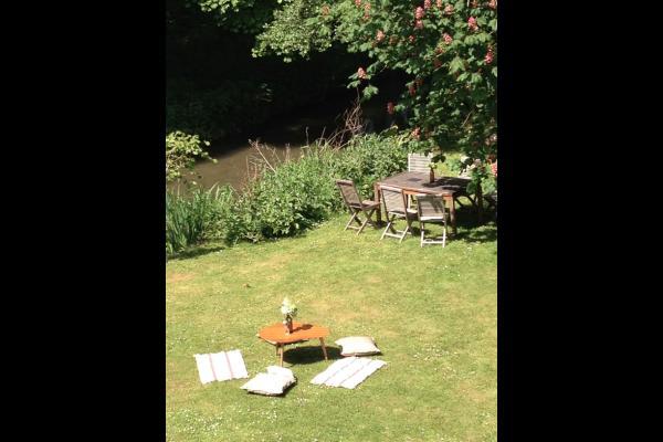 La Huilerie, le salon de jardin - Location de vacances - Incheville