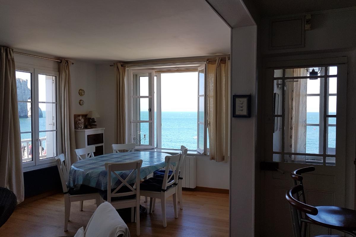 LA SALLE A MANGER - Location de vacances - Étretat