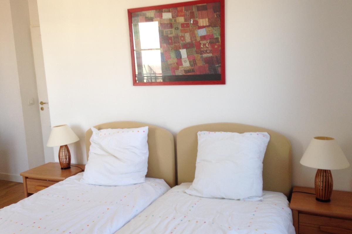 Chambre 2 lits - Location de vacances - Saint-Cyr-l'École