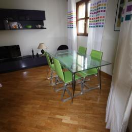 Espace salon coin repas - Location de vacances - Maisons-Laffitte