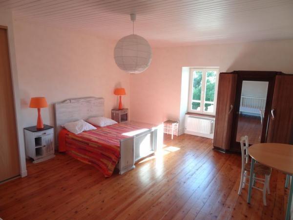 Chambre 1 - Location de vacances - Niort