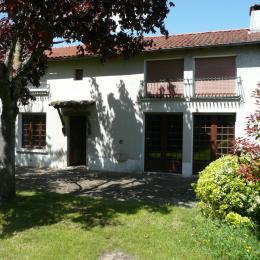 une maison vraiment spacieuse de 180m² - Location de vacances - Brioux-sur-Boutonne