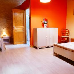 Coin enfant (mezzanine) avec un lit 1 place - Location de vacances - Arçais