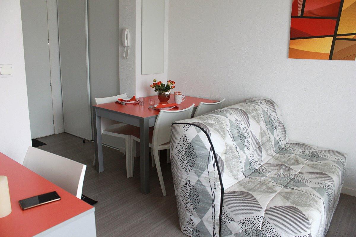 Vue d'ensemble salon - Location de vacances - Niort