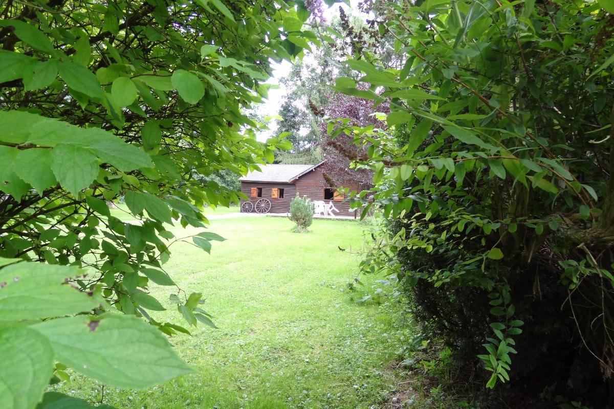 le chateau vu du village - Location de vacances - Hierges