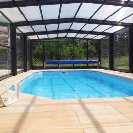 Piscine couverte chauffée - Location de vacances - Beaumont-en-Argonne