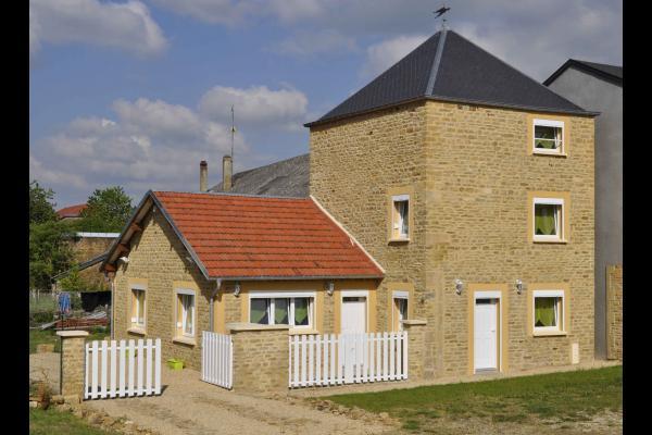 Vue de la route - Location de vacances - Escombres-et-le-Chesnois