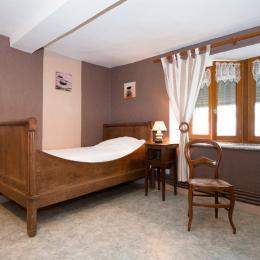 chambre - crédit Céline Lecomte - Location de vacances - Girondelle
