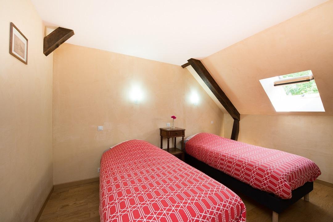 Chambre 11 au 2e étage - gîte du pont Château de Charbogne