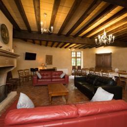 Le salon - Location de vacances - Charbogne