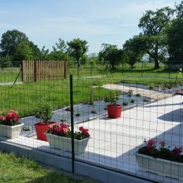 Jardin cloturé - Location de vacances - Grandchamp