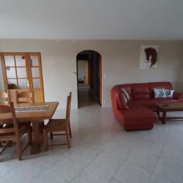 Salon/salle a manger - Location de vacances - Chagny