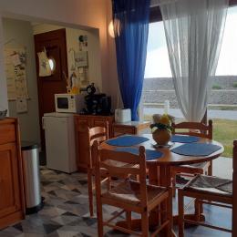 Le séjour avec baie vitrée - Location de vacances - Cayeux-sur-Mer