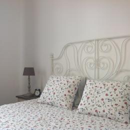 Chambre parentale, lit double d'1,60m - Location de vacances - Cayeux-sur-Mer