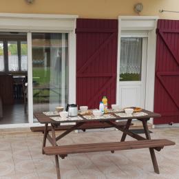 Terrasse avec pergola - Location de vacances - Saint-Valery-sur-Somme