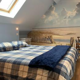 Chambre Ault (étage) avec lit 160x200, salle d'eau et toilettes privatives, écran plat et dressing - Location de vacances - Pendé