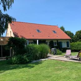 Chambre Ault (une des chambres de l'étage avec WC, salle d'eau, TV et dressing) - Location de vacances - Pendé