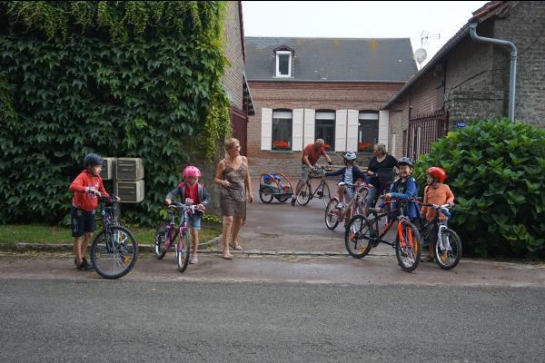 Entrée de la cour - Location de vacances - Mons-Boubert