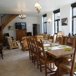 Séjour/salon - Location de vacances - Mons-Boubert