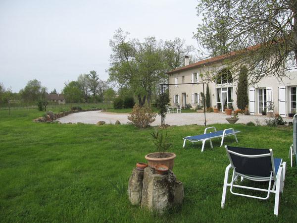 Jardin et demeure - Vivier Les Montagnes - Tarn -  - Chambre d'hôtes - Viviers-lès-Montagnes