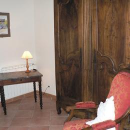Chambre d'Hôtes - mobilier - Viviers Les Montagnes - Tarn - Chambre d'hôtes - Viviers-lès-Montagnes