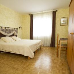La chambre végétale - Lit en 160*200 - Gaillac - Brens - Tarn - Chambre d'hôtes - Brens