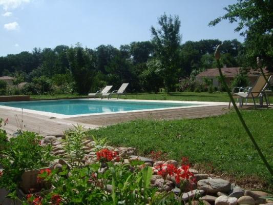 Piscine et jardin - Albi - Tarn  - Chambre d'hôtes - Albi